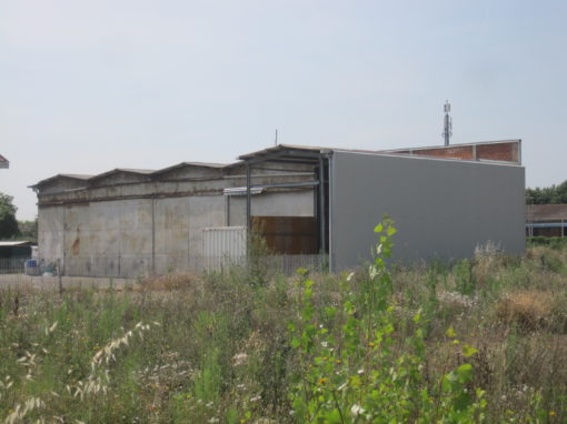 Capannone Laboratorio Deposito Stazione a Imola