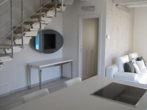 Villa con piscina e giardino a Castel San Pietro Terme Via Tanari U5