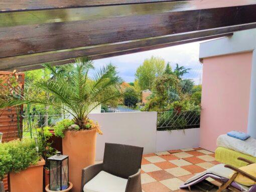 Villa con piscina e giardino a Castel San Pietro Terme Via Viara Centro